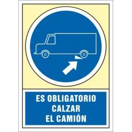 SYSSA,Señal Es obligatorio calzar el camión