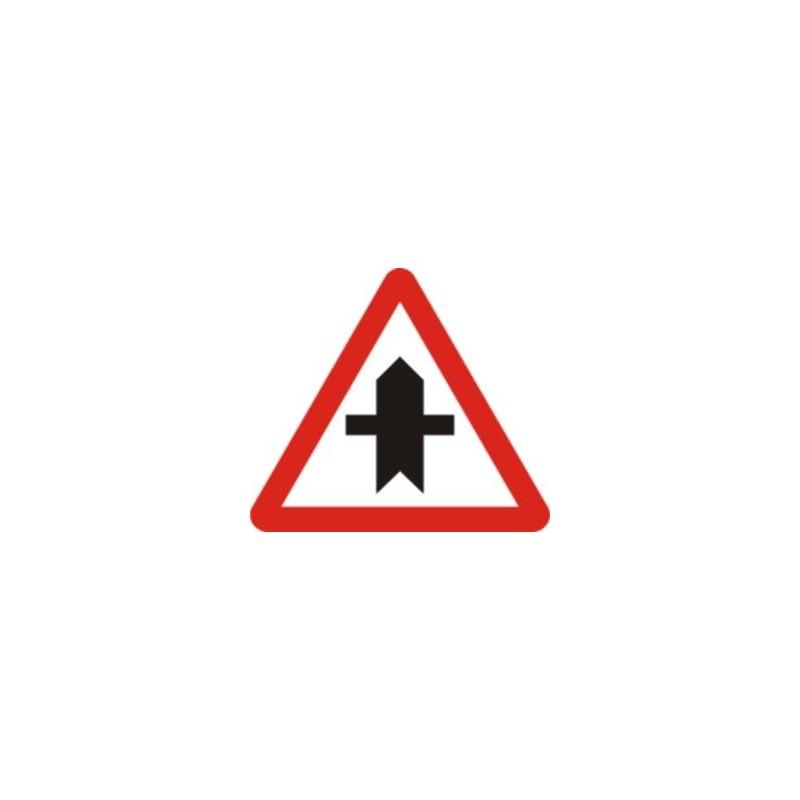 P1-intersección con prioridad