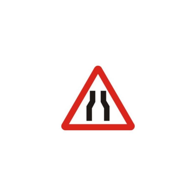 P17-Estrenyiment de calçada