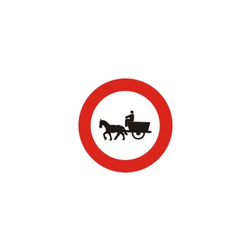 R113-Entrada prohibida a vehicles de tracció animal