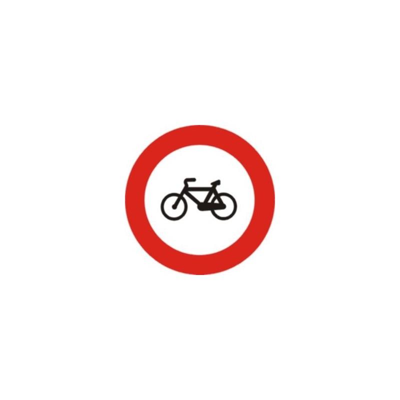 R114-Entrada prohibida a ciclos