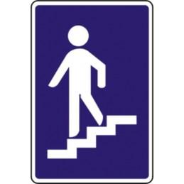 Paso inferior para peatones