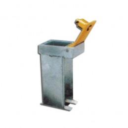 Base empotrable con tapa para poste hincado temporal