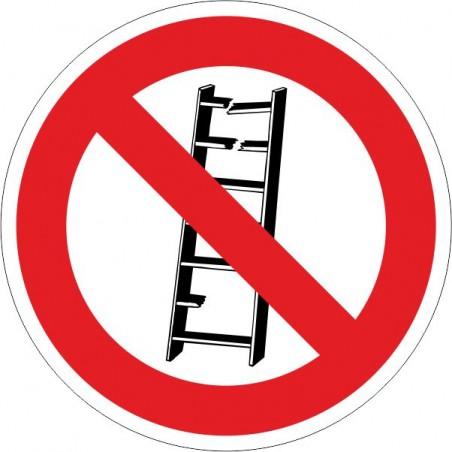 No utilizar. Escaleras en mal estado