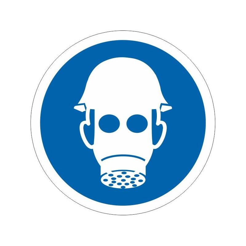 UCM-És obligatori l'ús del casc i màscara
