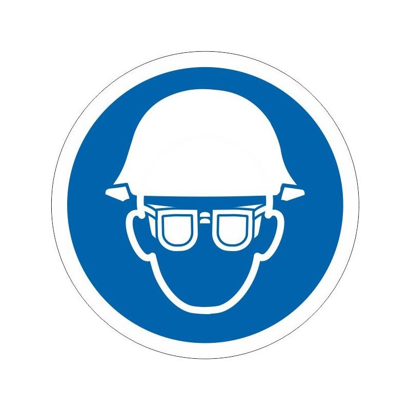 UCG-És obligatori l'ús del casc i les ulleres